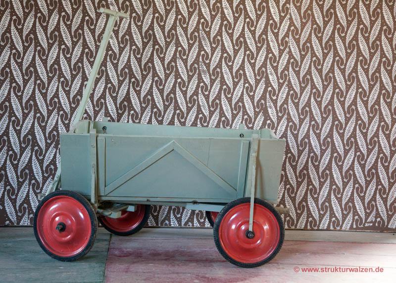 Alter Malerwagen